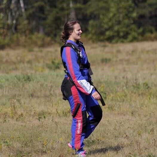 Après avoir sauter en parachute j'ai réalisé que je venais de faire preuve de courage. Le courage c'est contagieux.